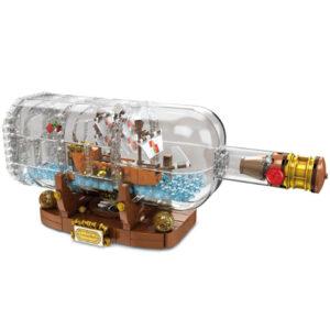 лего корабль в бутылке